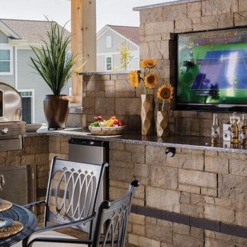 tips for selling outdoor kitchens