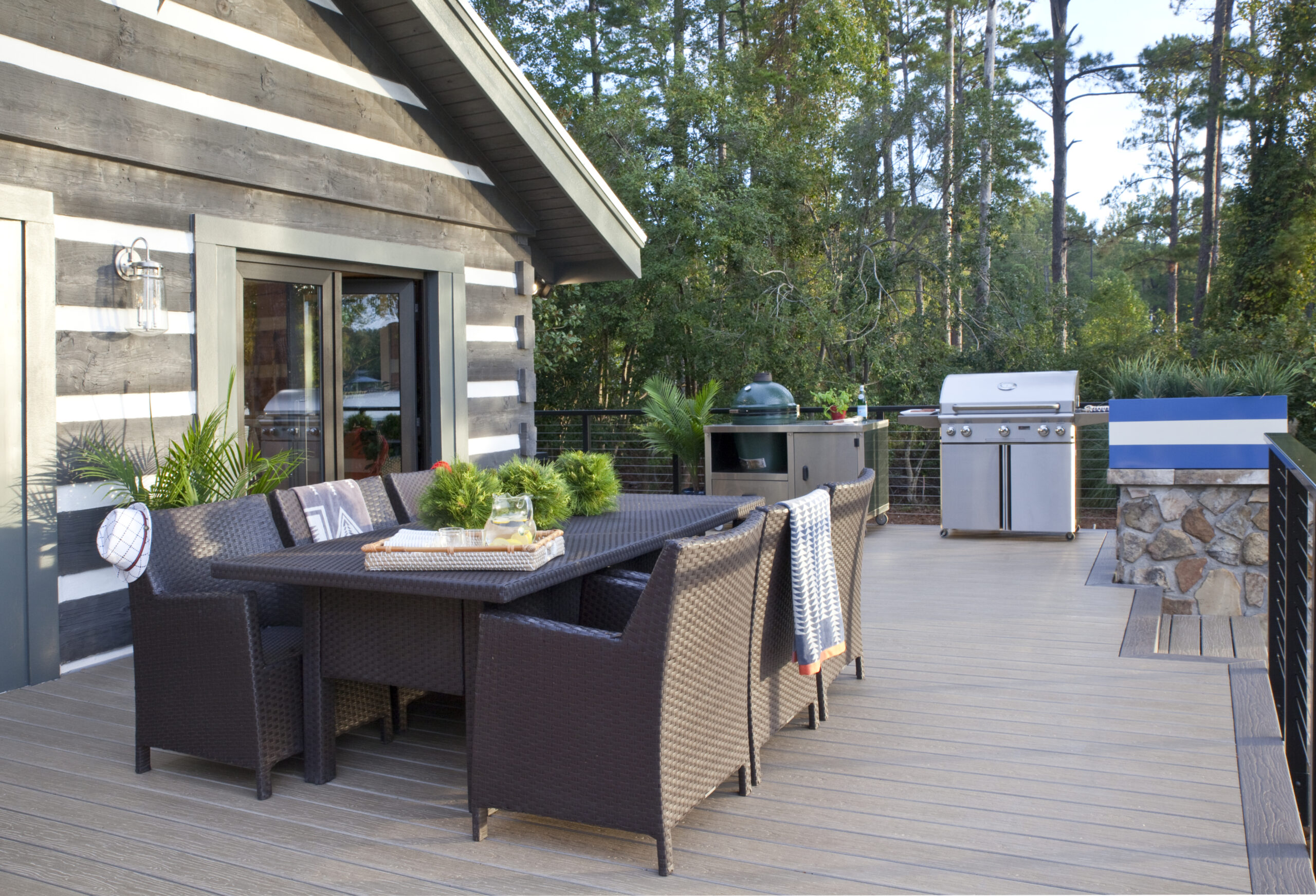 Kitchen and dining outdoor design (Christina Wedge)